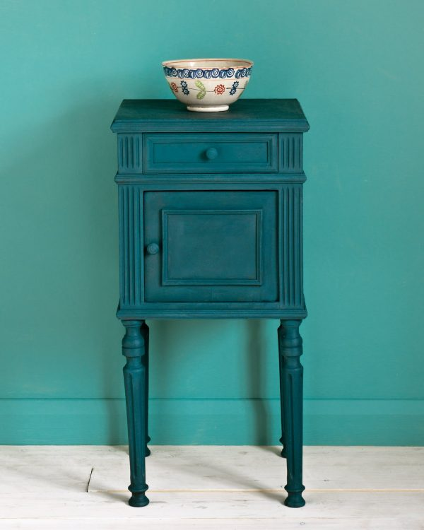 Aubusson Blue side table Provence Wall Paint 1600