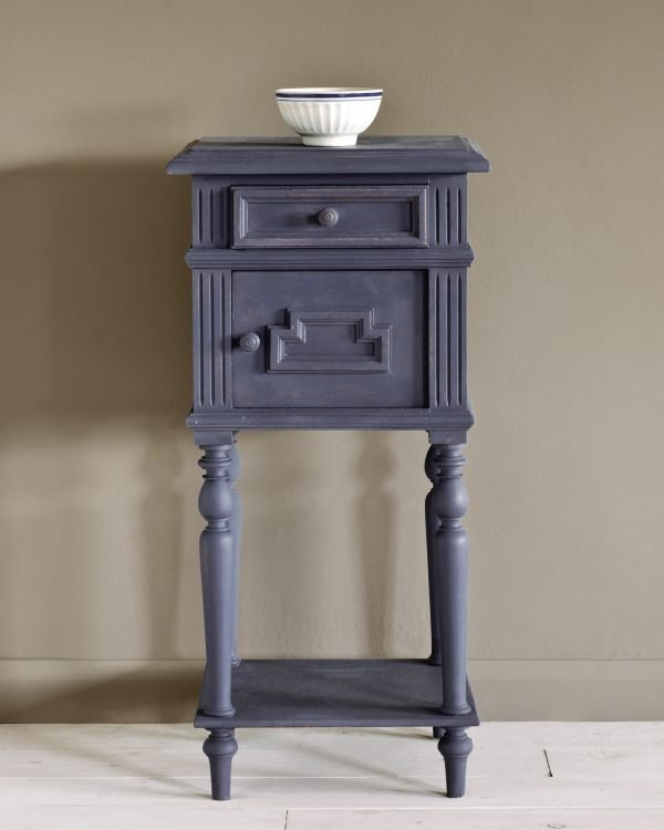 Old Violet side table 1600