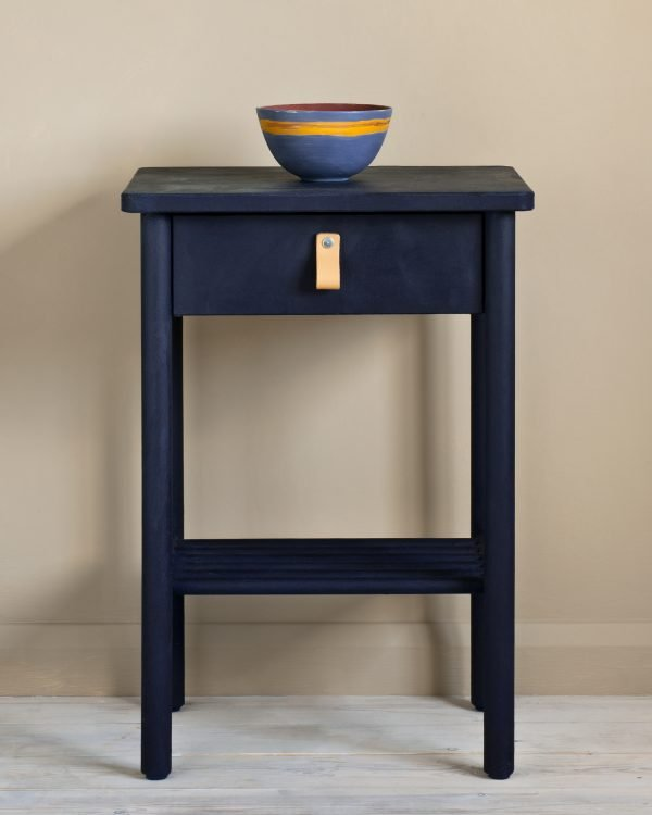 Oxford Navy side table 1600