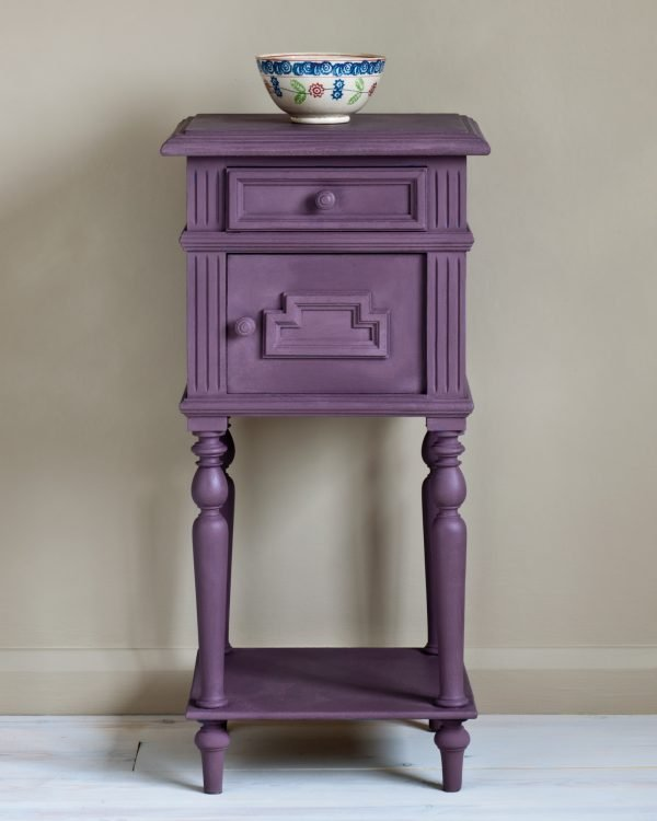 Rodmell side table 1600