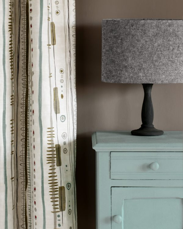 Svenska Blue side table Wall Paint in French Linen Piano in Olive curtain Linen Union in Graphite Old White lampshade 1600