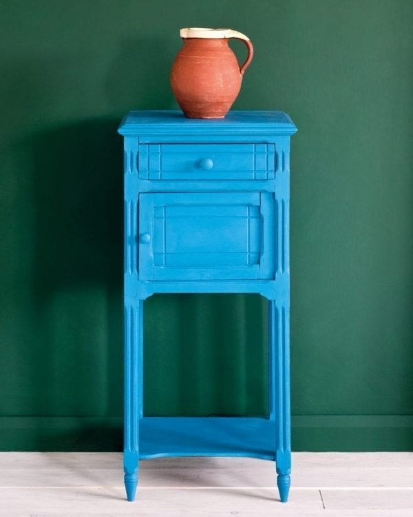 Giverny side table Amsterdam Green Wall Paint 1600